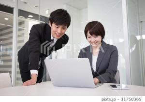 初心者のサラリーマンでも0円からできる不動産投資もある。